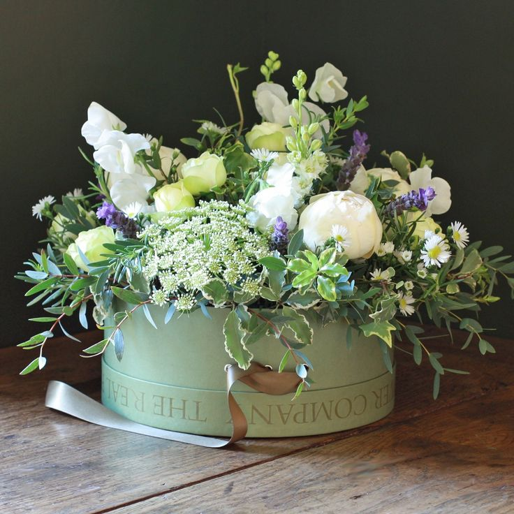 Ivory Hat Box Arrangement - perfect for your guests to ...