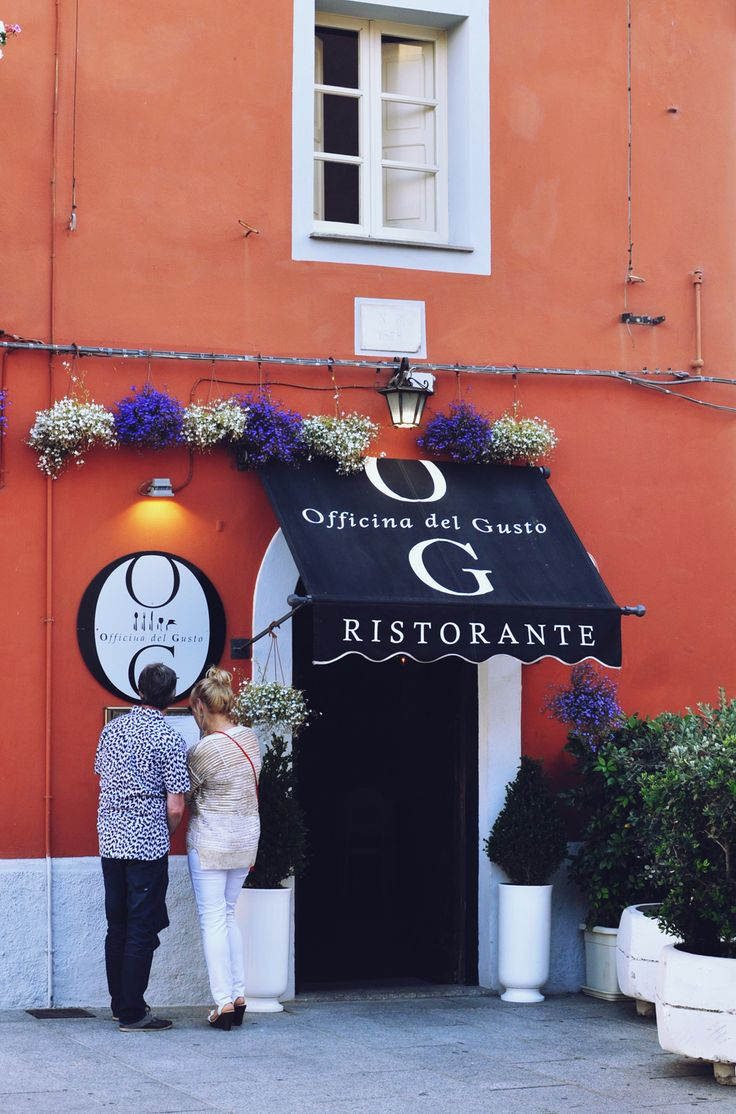 Italian Restaurant / Photo by Irina Eller / irinaeller.com #wine #food #italy #restaurant #sardinia #sardegna #olbia