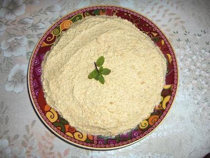 Houmous = 300g pois chiches cuits - 2 à 3cs Tahin (sésame mixé avec de l'huile) - jus d'1/2 citron - huile d'olive - 1cc sel - 1cs cumin - 1 à 2 gousse d'ail