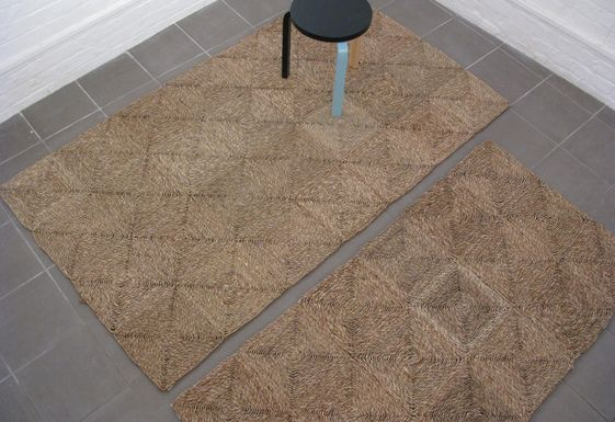 A sea grass rug complements the natural elements in the scheme and adds another layer of texture. #IWANTTHATSTYLE