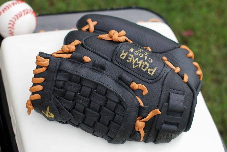 Baseball Glove Cake - check out the detail!