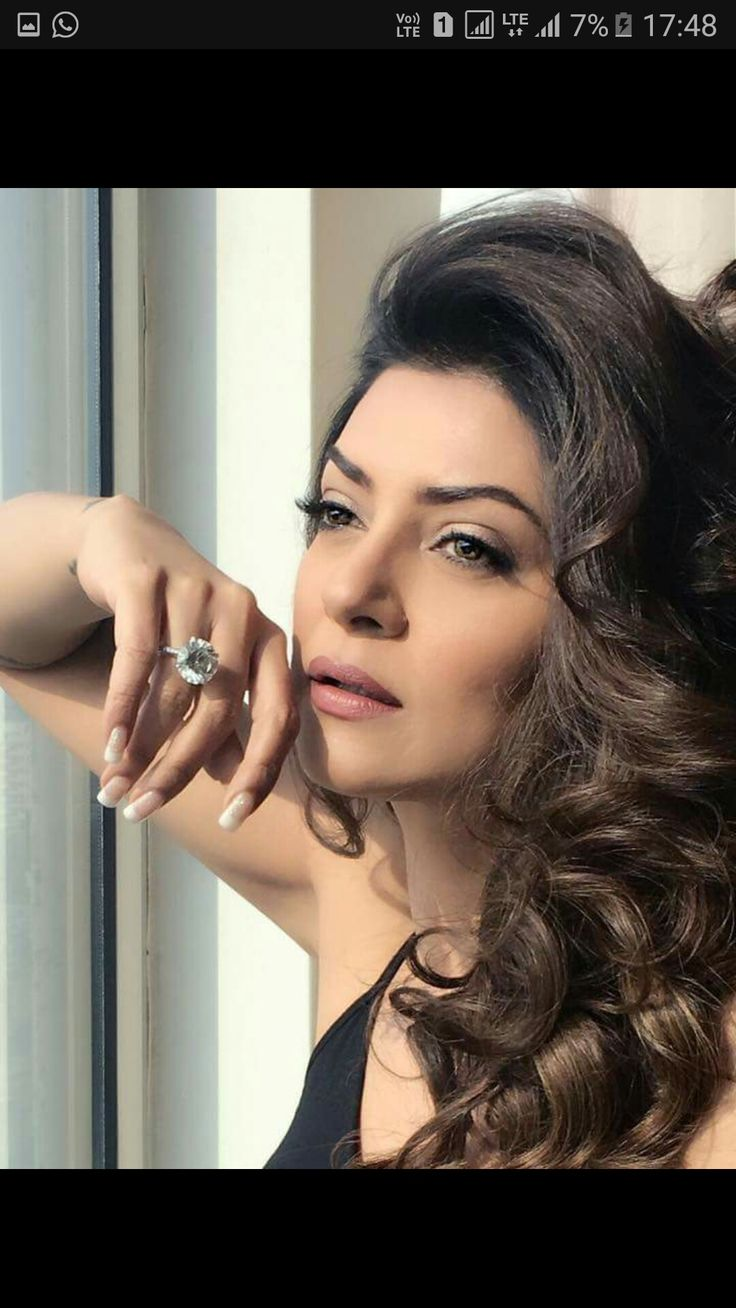 Most beautiful and inspireing miss Universe of all time . Sushmita Sen Miss Universe 1994