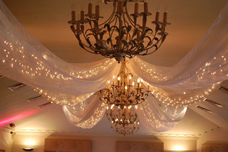 Indoor Fairy Lights for Bedroom - Design Ideas for Small Bedrooms Check more at http://grobyk.com/indoor-fairy-lights-for-bedroom/