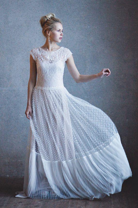 Кружевное свадебное платье GRACE Бескорсетное от BohemianBrides