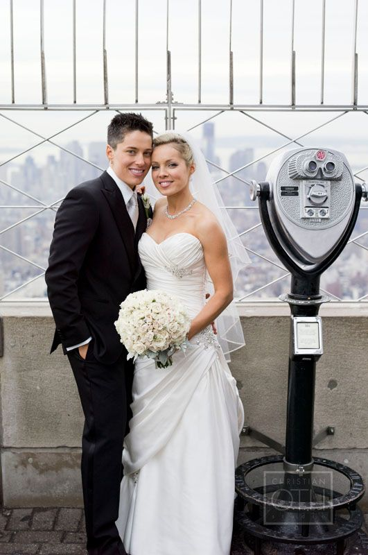 Wedding Gift Ideas For Gay Female Couple : First same-sex couple married at the Empire State Building. These are ...