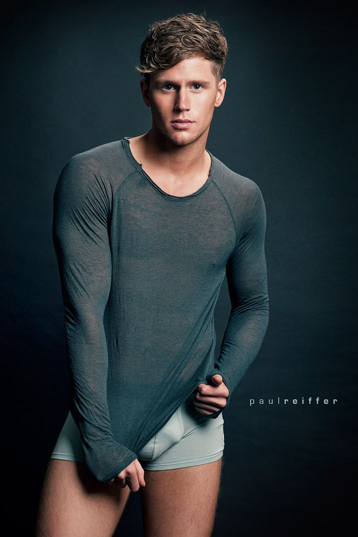 Gay Model Photo 55