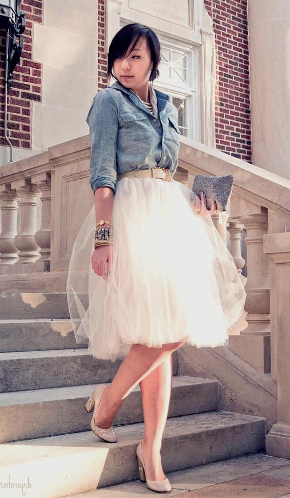 forever 21 denim chambray button up shirt, shabby apple holiday tulle tutu skirt, casadei nude patent leather pumps, forever 21 multi layered pearl necklace jewelry, gold stacked bracelets, ysl ring, vintage white leather gold belt, austin style, austin fashion, austin fashion blog, texas street style