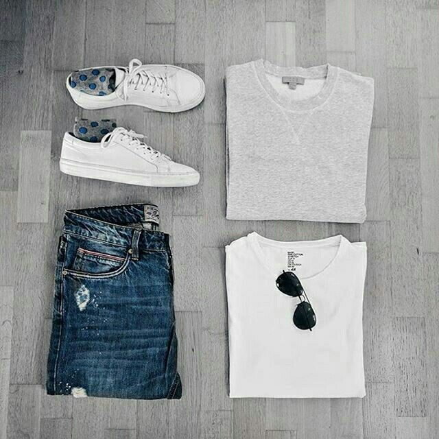 Perfect Capsule Wardrobe Outfit Grid.