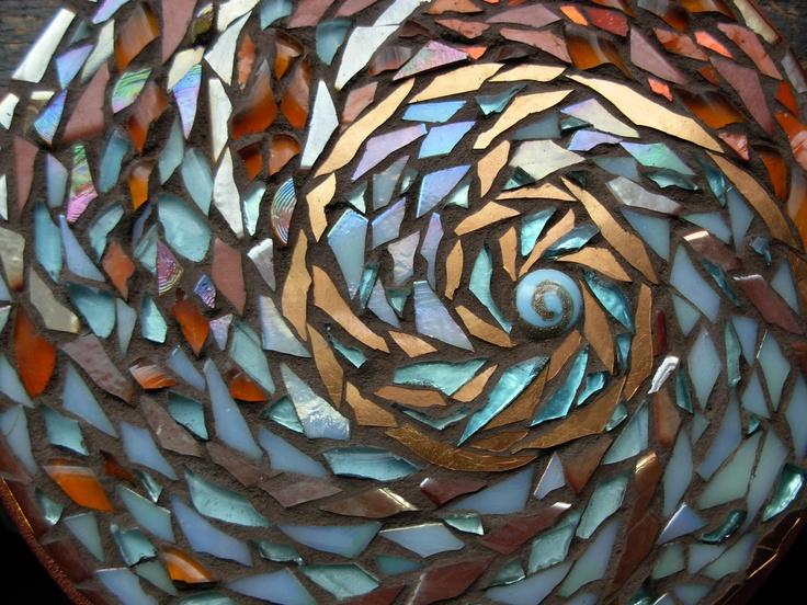 Dscn0804 nautilus mandala by mosaic artist margaret almon for Nautilus garden designs