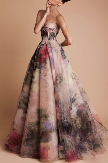 This would be gorgeous if I decided to do a non-traditional wedding dress.