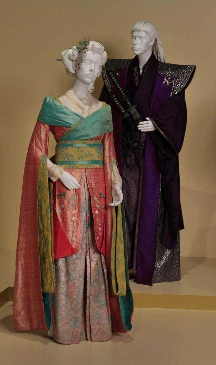 47 Ronin costumes by Penny Rose. (L to R) Ko Shibasaki as Mika, Tadanobu Asano as Lord Kira.