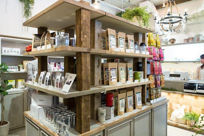 Found at BOTANIST Tokyo in Harajuku: Shop interior  #botanist #green #plants #earth #botanical #shampoo #bath #japanese #brand #Japan #body milk #body lotion #skin care #natural #lifestyle #slow living #nature #organic #made in japan #interior #inspiration
