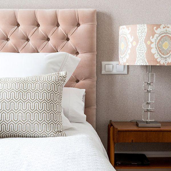 ¿Pensando en dar un aire nuevo al dormitorio y aún no has encontrado la manera? ¿Pensaste en el cabecero? Es el elemento perfecto que cambia de un plumazo la estancia cuando se renueva. Estas formas...