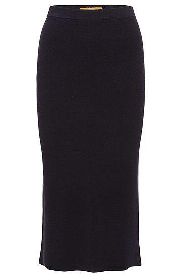 This narrow-cut BOSS Orange midi skirt in textured viscose flatters the feminine silhouette. A back walking slit accentuates the femininity of the style. Complete the look with high heels and a short blazer to create a casual outfit that is suitable for business. You can also wear the skirt casually with trainers.