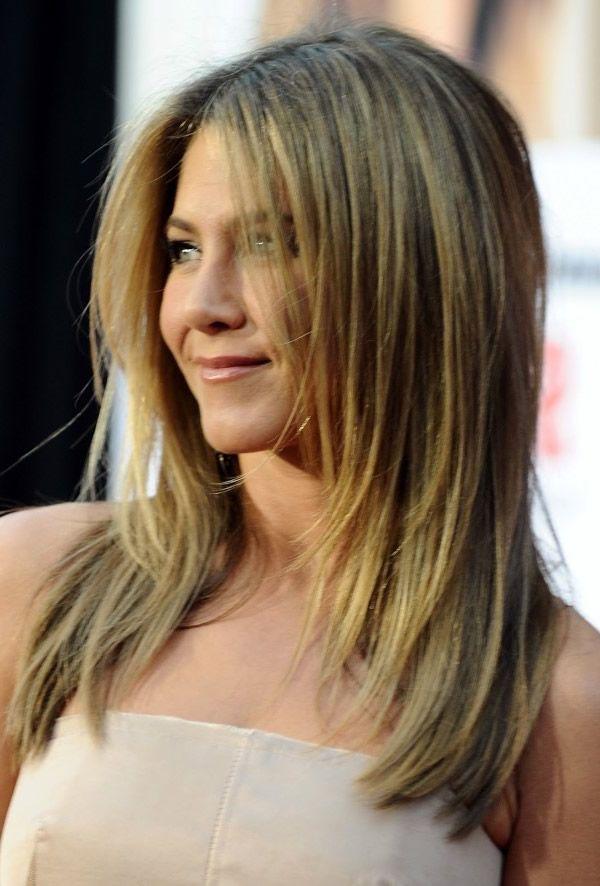 Schöne blaue Ombre mit Medium Straight Hair – Versuchen Sie einen neuen Stil und Farbe