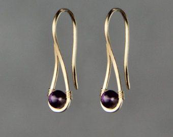 Pendientes Amatista gota mínima regalos de Dama de honor nos envío gratis hechas a mano diseños de Anni lleno de oro 14k