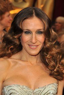 """Sarah Jessica Parker Born: March 25, 1965 in Nelsonville, Ohio, USA Height: 5' 3"""" (1.6 m)"""