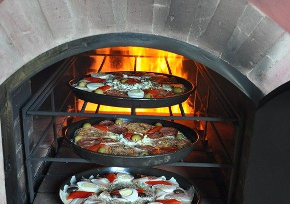 Puertas para horno de barro accesorios for Medidas de hornos pequenos
