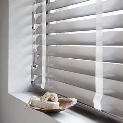 17 beste afbeeldingen over badkamer op pinterest restaurant deken ladder en huisarts - Huisarts kast ...