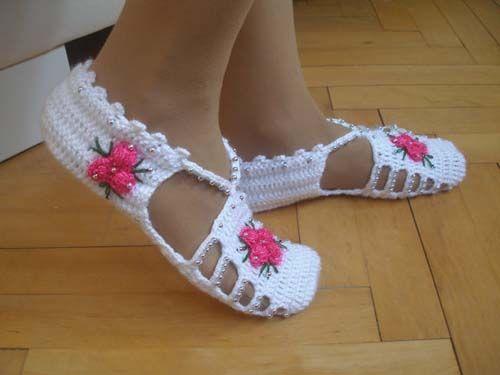 Modelo de Botines para damas tejidos en crochet