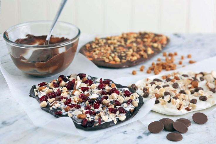 Learn how to make your own christmas chocolate slabs and make them for friends and family in flavours they love!