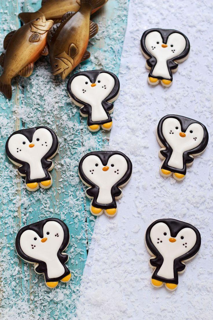 Christmas sugar cookie decorating ideas - Easy Penguin Cookies