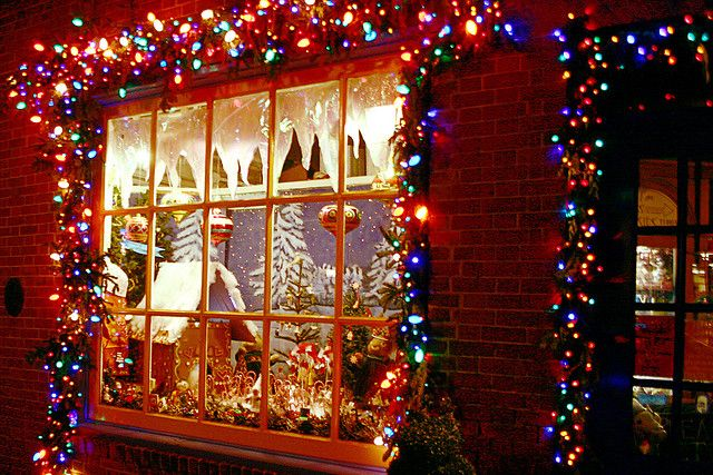 61 best christmas on the east coast images on pinterest for Best christmas towns on east coast