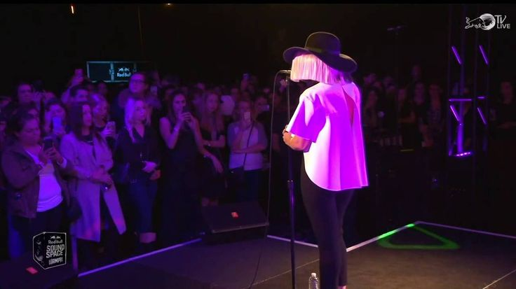 Sia - elastic heart(Live in the Red Bull Sound Space).
