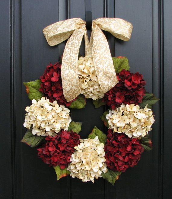 Christmas Wreath, Traditional Christmas, Holidays, Christmas Wreaths, Hydrangeas, Home for the Holidays, Home Decor on Etsy, $80.00