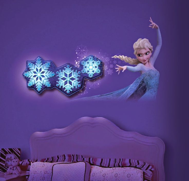 How adorable is this Frozen room decor from @UncleMilton?