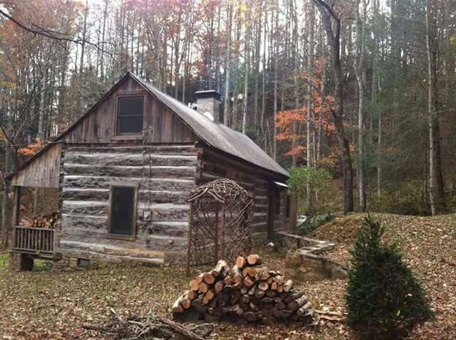 896 best images about log cabins on pinterest cabin for Old deep house
