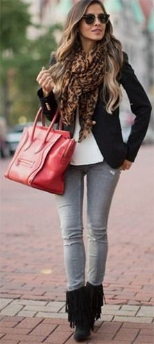 16 Brilliant Outfits You Can Wear With Grey Jeans - Outfit Ideas HQ