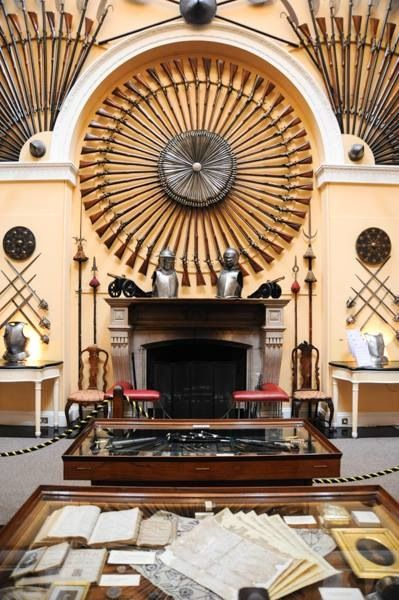 Inveraray Castle Armoury Hall. The roundels of muskets and ...