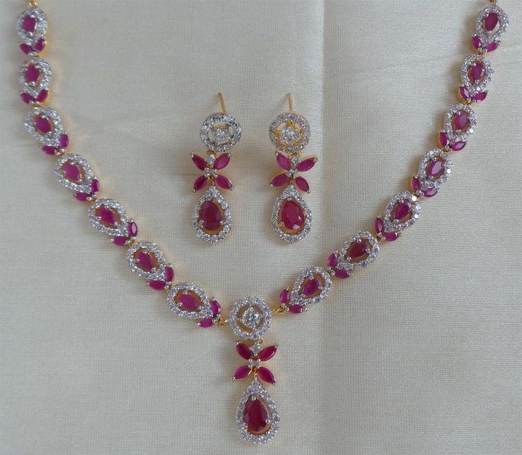 Conjunto de colar com brinco banhado ouro 18k cravejado de cristais e zircónia ruby