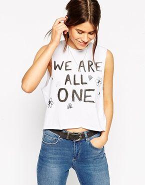 Camiseta de tirantes corta con estampado We Are One de ASOS