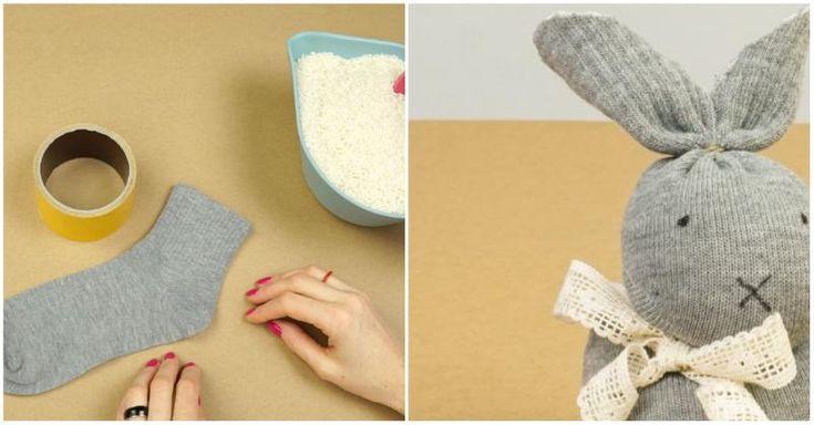 No es necesario saber coser para elaborar este conejito de peluche con un calcetín. ¡Atentos!