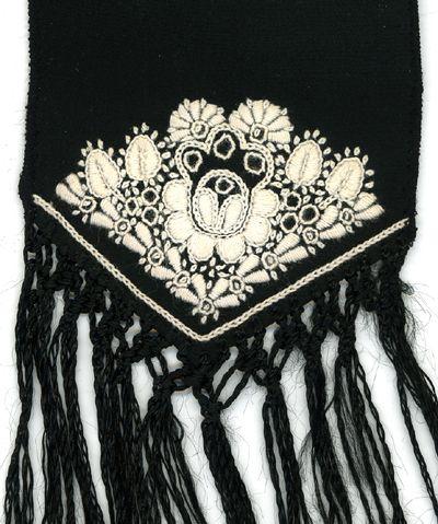 Sárközi foköto hímzés - Sárköz Bonnet embroidery