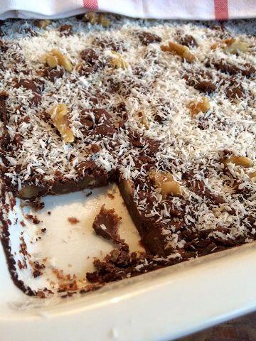 Voedselzandloper recept voor brownies met een bijzondere vulling van witte bonen. Heel erg lekker, gezond en makkelijk te maken.