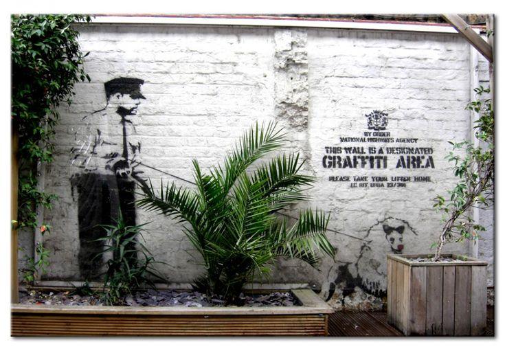 Ve cuadro Zona graffiti (Banksy) y otras decoraciones en la galería bimago - cuadros acrílicos, trípticos, reproducciones y impresiones en lienzo.