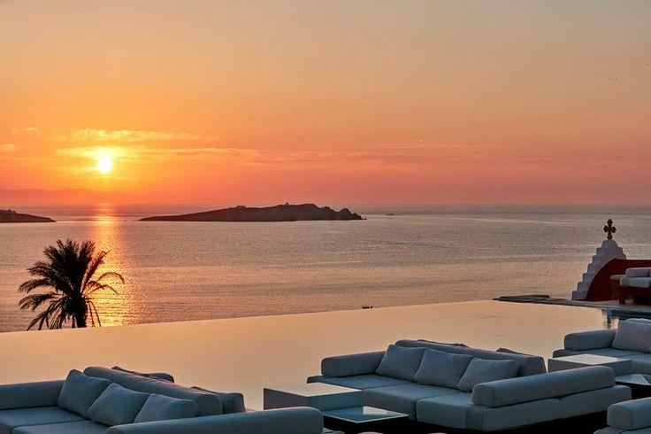 Paradisiascal Sunset cocktails @Bill&Coo Hotel