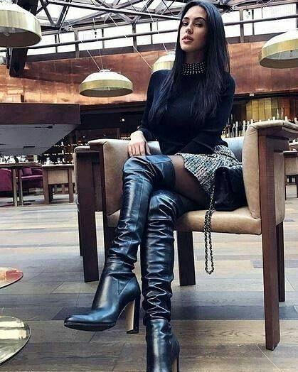 Pinterest : Js Babes in Boots 2 please follow #highheelbootsthigh