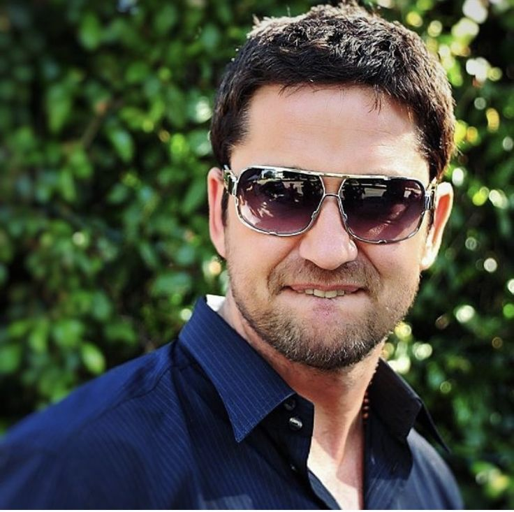 17 Best Images About Gerard Butler On Pinterest Liberia
