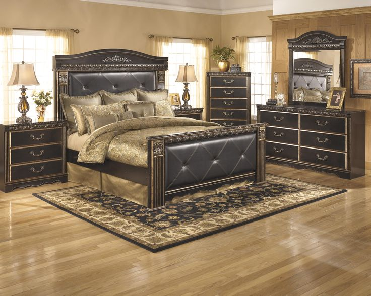 Coal Creek 4pc King Bedroom Set