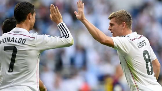 Real Madrids Toni Kroos did the Cristiano Ronaldo Siiii celebration in Germany training (GIF)