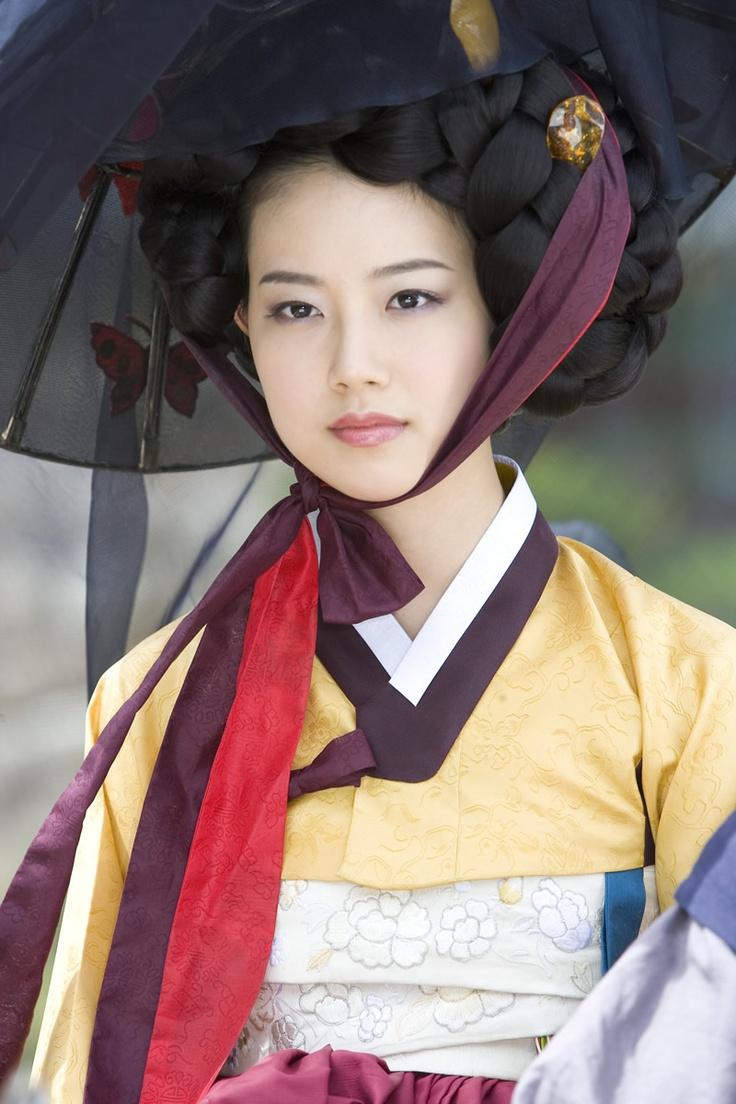 """Korean drama- """"The Painter of Wind"""" is based on the fictional historical novel """"The Painter of the Wind"""" by Jung-myeong Kee."""