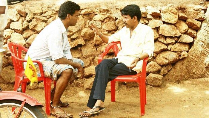 Bala to direct Vishal again?  Vishal - Director Bala combo gave us Avan Ivan, which hit the screens with mixed reviews Read More  - http://www.kalakkalcinema.com/tamil_news_detail.php?id=7695&title=Bala_to_direct_Vishal_again?
