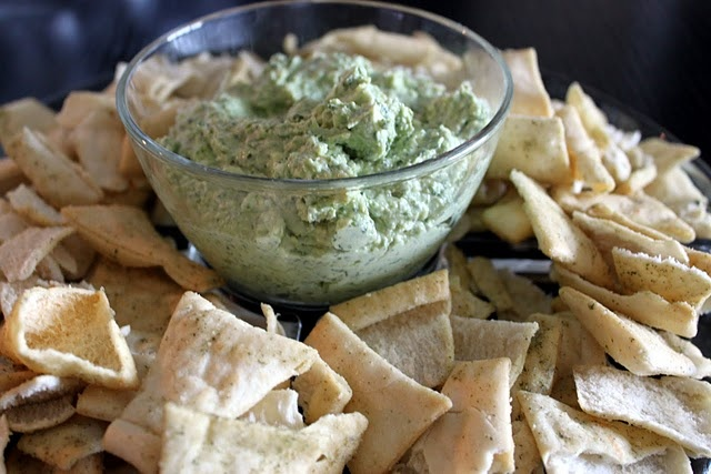 Pesto and goat cheese spread directions: Pesto Goats, Yummy Things, Cheese Spreads, Goats Cheese Dips, Nom Nom, Goats Chee Dips, Yummyyi Food, Things Yummy, Goat Cheese