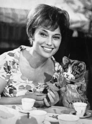 Muriel Young with Willum the Cat -   - credit Small Time