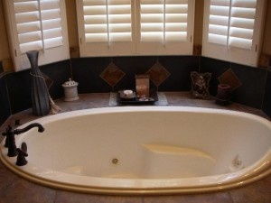 Top  Best Bathtub With Jets Ideas On Pinterest Jacuzzi - Bath tub with jets