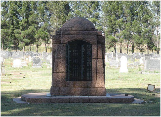 Anglo Boere Oorlog/Boer War (1899-1902) HEILBRON Kamp/Camp Memorial The camp had 3986 prisoners of whom 1124 died in captivity.